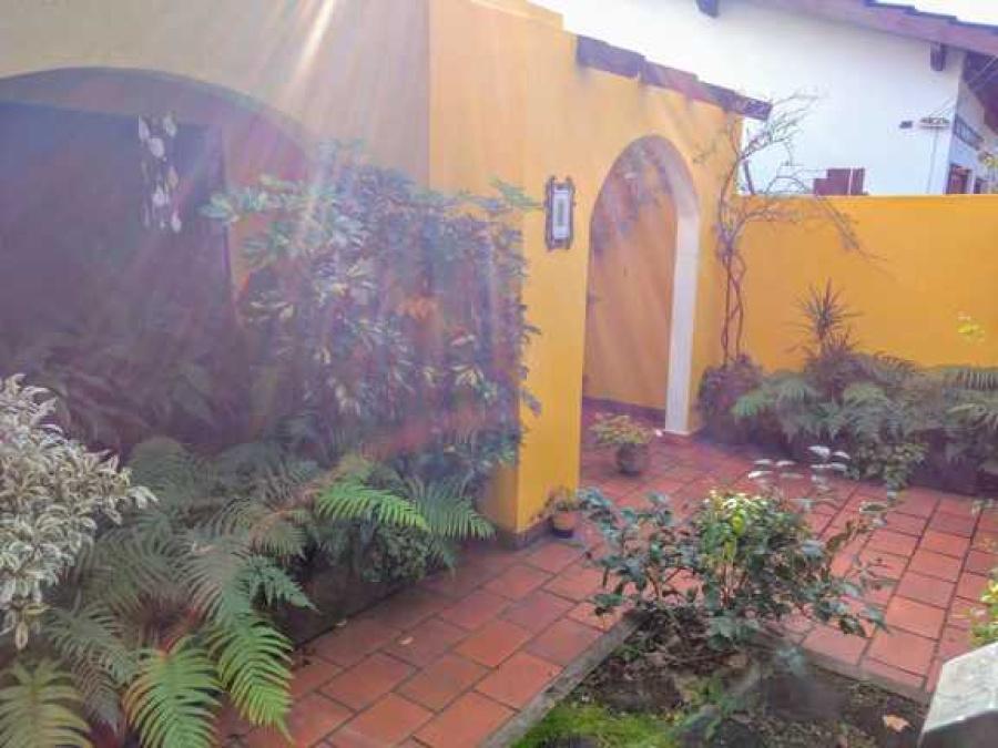 Simón de Iriondo 4290, 3 Habitaciones Habitaciones, ,1 BañoBaño,Casa,Venta,Simón de Iriondo 4290,1125