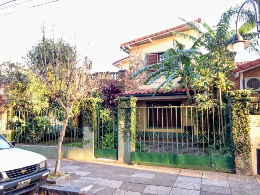 Ambrosoni 1060, 4 Habitaciones Habitaciones, ,3 BañoBaño,Casa,Venta,Ambrosoni 1060,1007