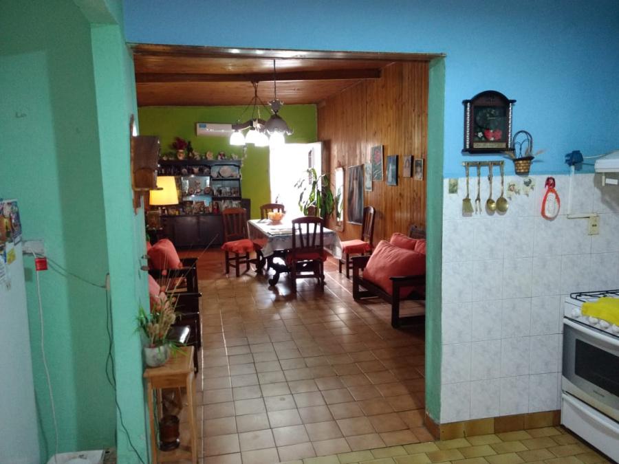 Gandolfo 1978,2 Bedrooms Bedrooms,1 BañoBathrooms,Casa,Gandolfo 1978,1267