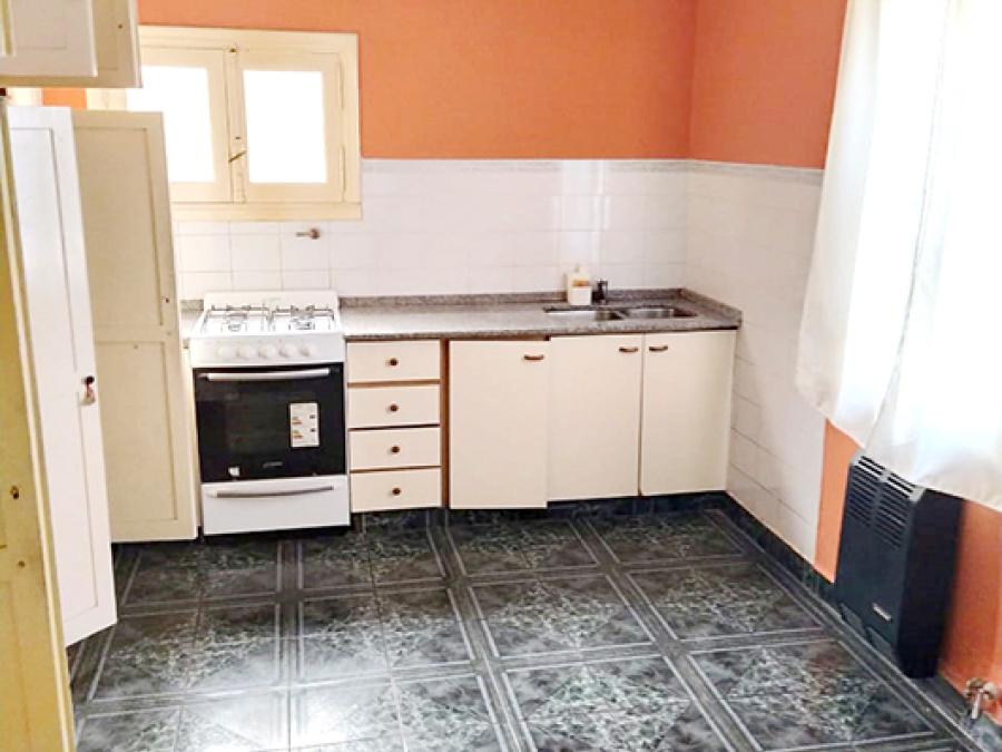 Guido Spano 1032, 2 Habitaciones Habitaciones, ,2 BañoBaño,Casa,Alquiler,Guido Spano 1032,1395