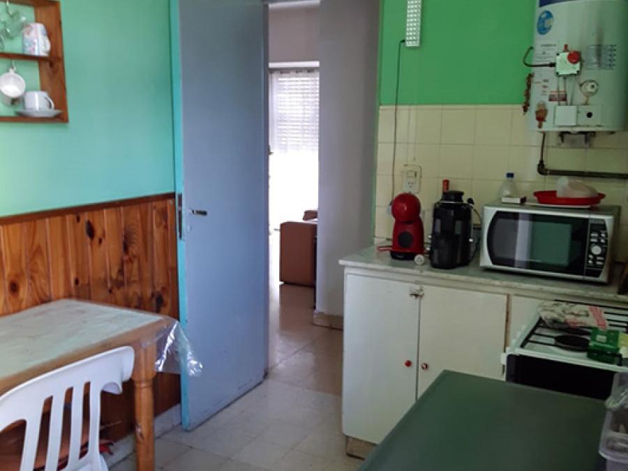 Av Peròn 1000, 3 Habitaciones Habitaciones, ,1 BañoBaño,Departamento,Venta,Av Peròn 1000,1491