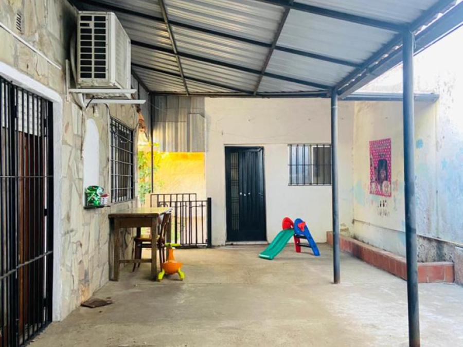 Quintana 2615, 2 Habitaciones Habitaciones, ,1 BañoBaño,Casa,Venta,Quintana 2615,1513
